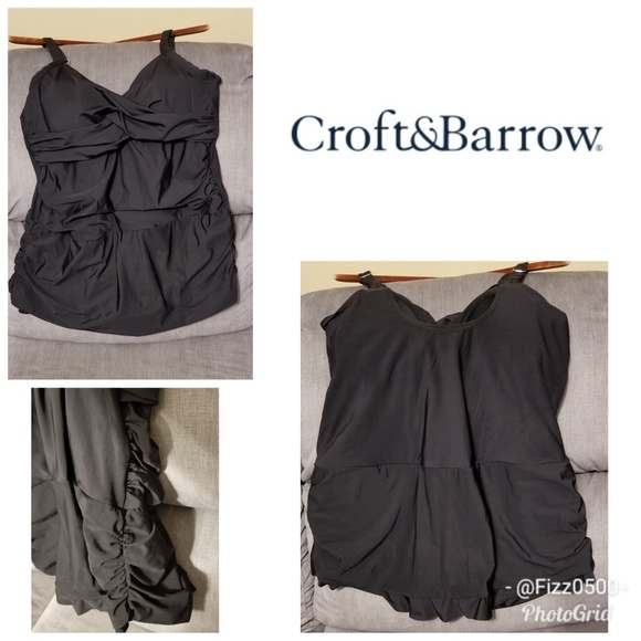 croft & barrow Other - Plus size one piece skirted swimsuit